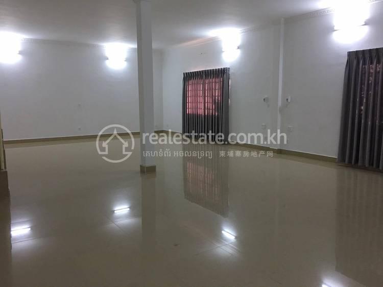 residential Villa for rent in Toul Tum Poung 1 ID 107789 1