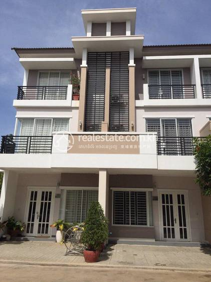residential Villa for sale in Nirouth ID 120288 1