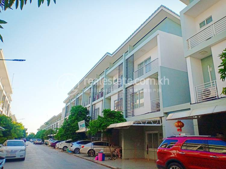 residential Villa for sale in Chrang Chamres I ID 120930 1
