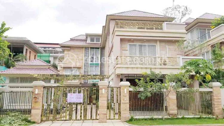 residential Villa for sale in Nirouth ID 126381 1
