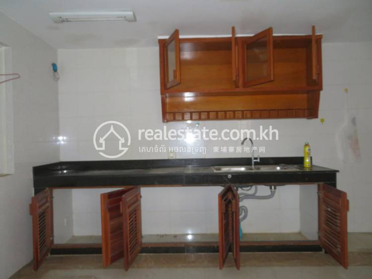 residential Shophouse for sale & rent in Phnom Penh Thmey ID 121018 1