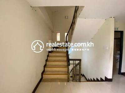 Flat House for Sale in Boeung Kak 2