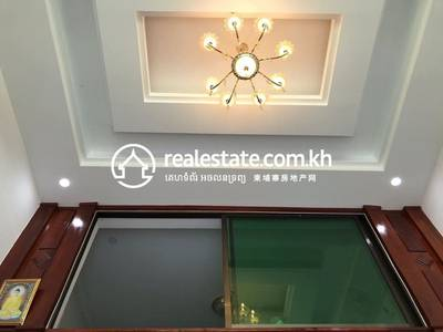 Flat for Sale in Chaom Chau 1