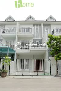 4 Bed, 6 Bath Link House for Sale in Chaom Chau