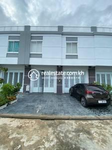 4 Bed, 5 Bath Flat House for Sale in Preaek Kampues