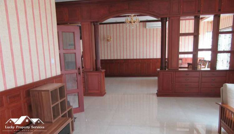 residential Villa for rent in Tonle Bassac ID 82765 1