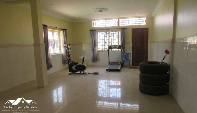 residential Flat for rent in Tuek Thla ID 4932 1