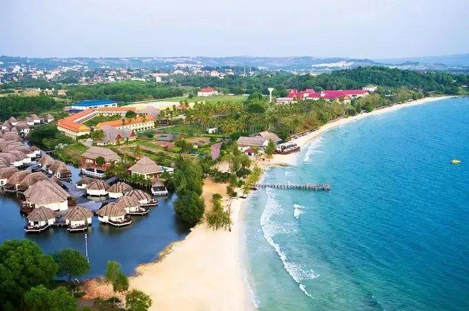beach at sihanoukville